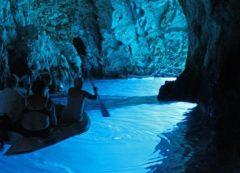 La famosa Cueva Azul