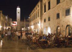 Dubrovnik de noche;