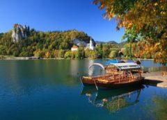 Lago de Bled e o castelo mais antigo na Eslovênia